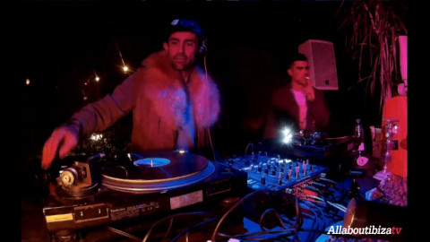 ANDRES FERNADEZ b2b SIDD at Keep on Dancing IBIZA © AllaboutibizaTV