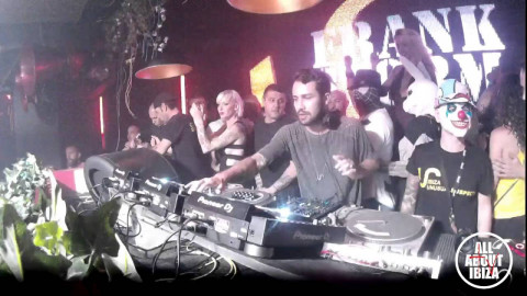 FRANK STORM at UNUSUAL SUSPECTS SANKEYS IBIZA© AllaboutibizaTV