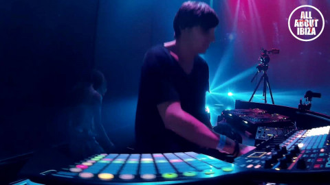 JONAS SAALBACH live at OPEN LAB HEART IBIZA © AllaboutibizaTV