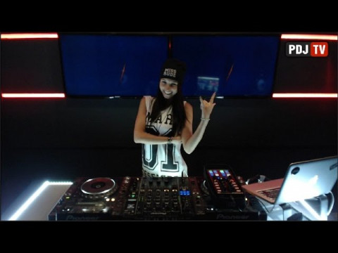 Live @ Radio Intense 12.08.2014 - Miss Monique (Mind Games Podcast 028)