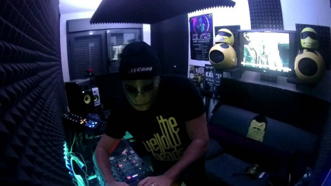 Techno // The YellowHeads Live Studio Mix (Week 001)