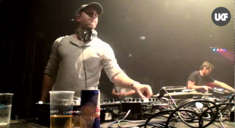 UKF vs RAMPAGE @ Lotto Arena Antwerp: Emalkay feat Quest One MC