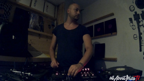 HOLLEN at CAN FLOW IBIZA © AllaboutibizaTV