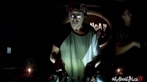 HAZY BONG feat. HUGO MACHINE at Malanga Ibiza  © AllaboutibizaTV