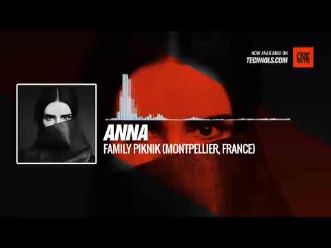Anna – Family Piknik (Montpellier, France) @djannamiranda #Periscope  #Techno #music
