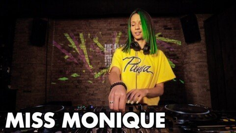 Miss Monique - Live @ Radio Intense 11.02.2020 #MelodicTechno