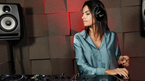 Bea Richa  - Live @ Radio Intense Barcelona / Progressive House & Melodic Techno DJ Mix